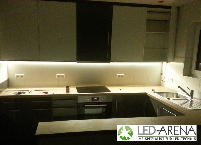 led kchen beleuchtung awesome groartig kchenlampe ikea rest style with led kchen beleuchtung. Black Bedroom Furniture Sets. Home Design Ideas